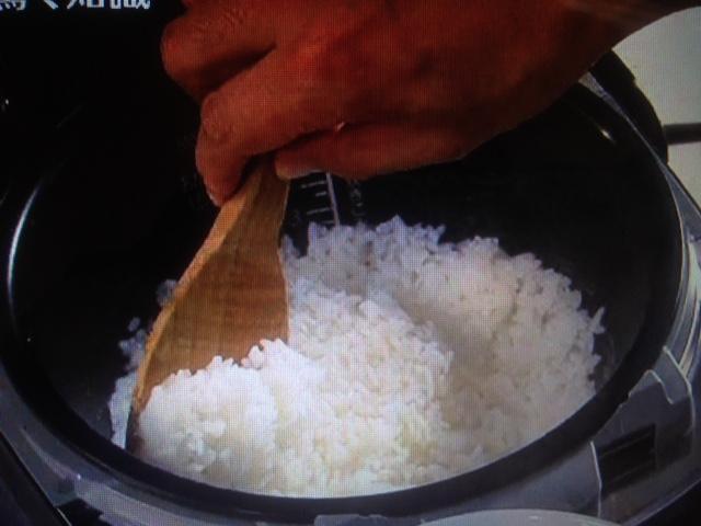 【初耳学】土井善晴直伝!ご飯は早炊き&炊きたてのご飯の一番美味しい部分は?