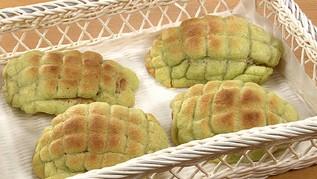 【得する人損する人】メロンシロップでバターロールがメロンパンに