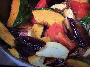 キューピー3分クッキング 夏野菜と牛肉のカレー煮