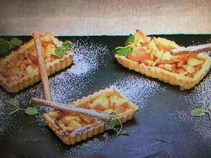 【ZIP】モコズキッチンレシピ~雛祭りスイーツに!アップルシナモンパイ