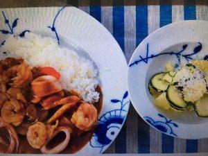 男子ごはんレシピ!シーフードカレー&グレープフルーツとズッキーニのサラダ