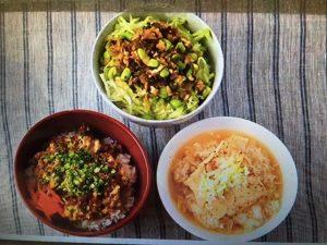 男子ごはんレシピ!ひき肉卵とじ飯・高菜香味炒め飯・メカジキのにんにくスープ飯