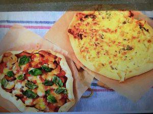 男子ごはんレシピ!ナスとズッキーニのトマトソースピザ&豚ヒレ肉のクリームソースピザ