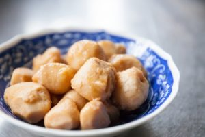 里芋の人気レシピ集!定番の煮物~コロッケ・グラタンなど