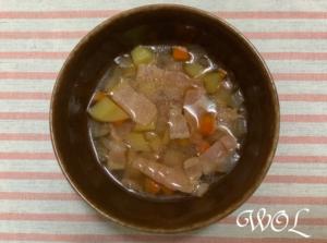 野菜くずで作ったスープ「ベジブロス」の活用レシピ