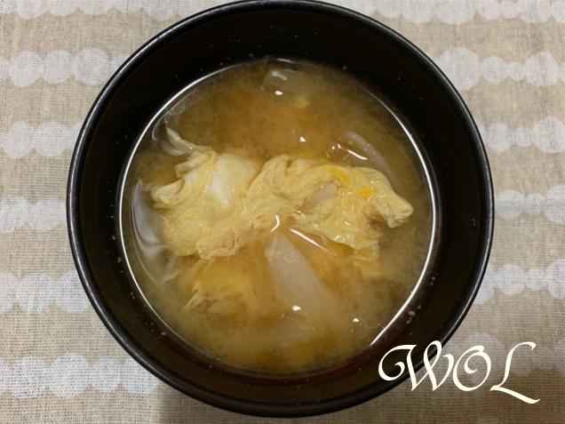 玉ねぎ 卵 味噌汁