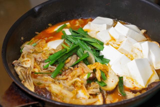 もやし入り 豚キムチ豆腐の作り方。簡単 電子レンジレシピ。