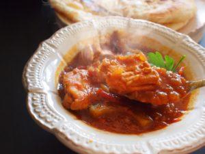 夏の梅肉チキンカレー レシピ。梅干し入りカレー。
