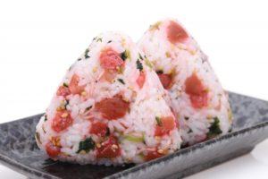 インスタで人気!ごちそうおにぎりの作り方。手嶋朋世さんのレシピ。