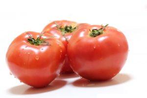 トマトの丸ごとサラダの作り方。平野レミさんレシピ。