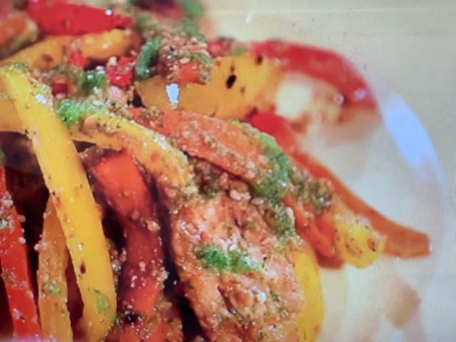 家政婦のマコ 鶏むね肉のみそきゅうりソース レシピ 画像