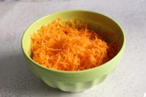 にんじんドレッシングのサラダレシピ。栄養がたっぷりとれる。