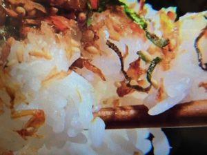 エビの殻とごま油のふりかけ 画像