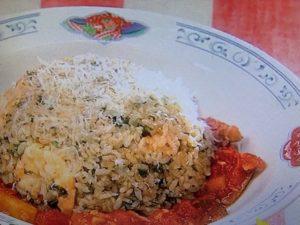 イタリアンチャーハンのレシピ。トマトソースで食べるチャーハン。