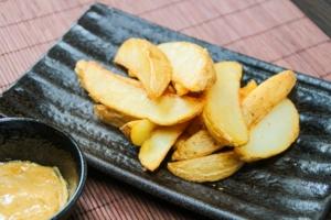 【ヒルナンデス】アンチョビバターポテト。キッチンカーのレシピ。