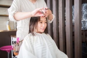 【ヒルナンデス】失敗しない前髪の切り方。